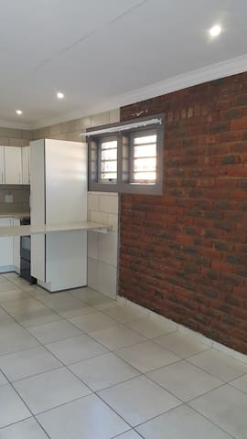 Modeen Selfcatering flatlet to rent per day