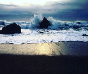 Bodega Bay Beach Getaway - House
