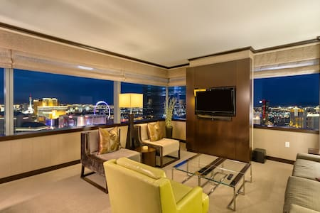 Big 2 BR Vdara Penthouse!★Bellagio Fountain Views!