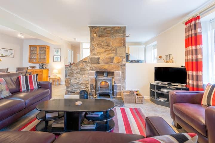 Charming cosy cottage in Glenlivet