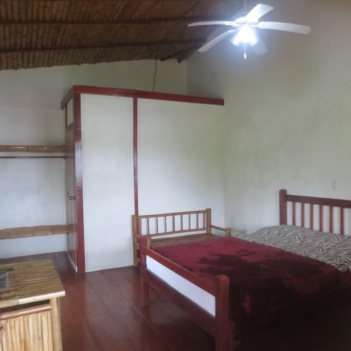 Diva - room