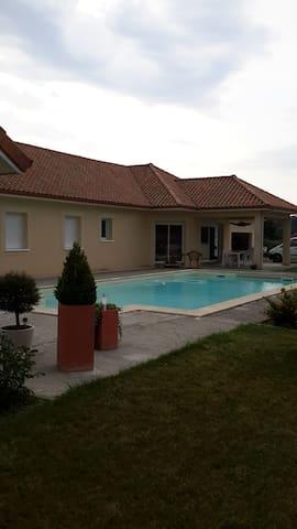 Chambre agréable dans maison contemporaine - Saint-Jammes - Bed & Breakfast