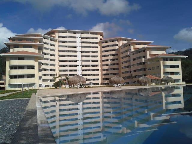 Apartamentos tipo Suite 5 estrellas - Jenesano - Byt