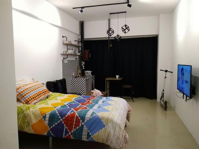 近江滩江汉路轮渡汉正街老港式社区小公寓 - Wuhan - Wohnung