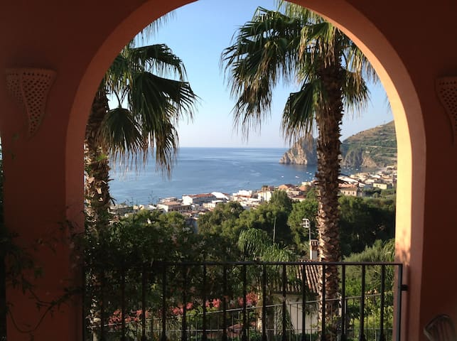 Villa Casablanca, the magic sensations of Sicily