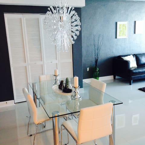 Jetset Miami Village / Free parking - North Bay Village - Apartamento