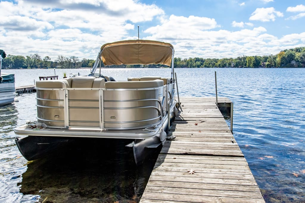 Be your own captain. Cruise the lake is this 2018 pontoon boat available in season at no additional charge. Complete with lounge chairs, table, radio, lights, and life jackets. Comfortably accommodates 8 passengers. Fishing is great right off the pier! Cruise the lake at sunset!