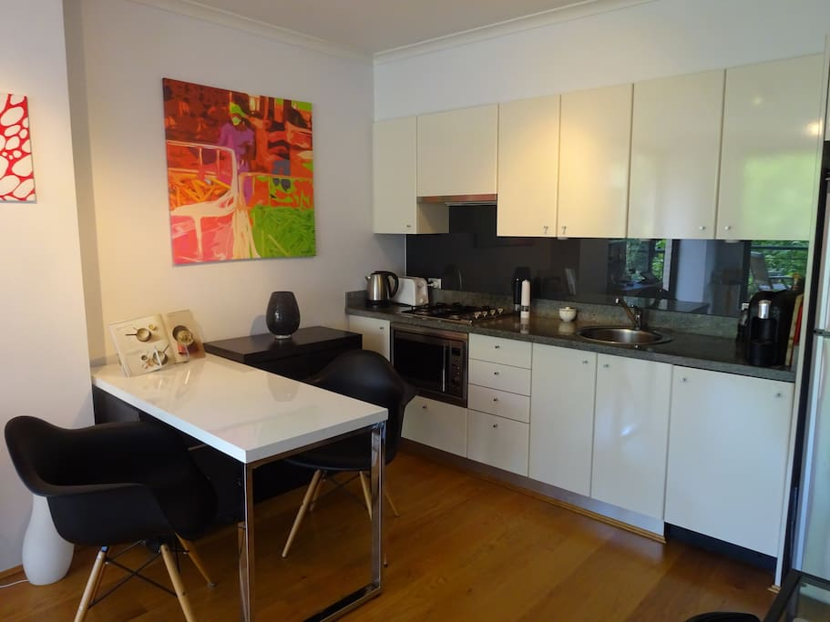 Integrated kitchen with living