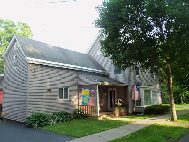 Elm Street Inn