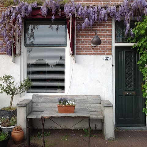 Apartment in the old city Haarlem