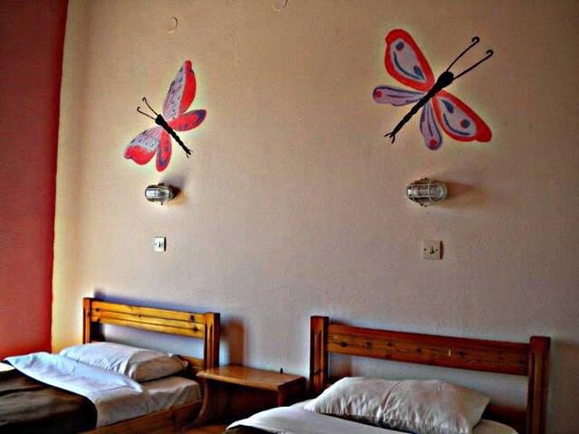 2 beds private studio corfiot style - Ipsos - Apartemen