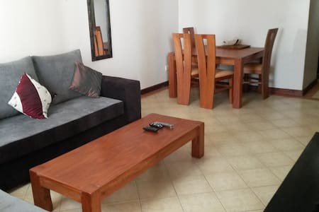 Comfy 2 Bedroom Furnished Flat - Nairobi - Apartemen