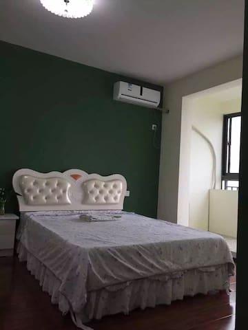 独立的一套房子,一卧室一个客厅一卫生间一个厨房 - 武汉 - Apartemen