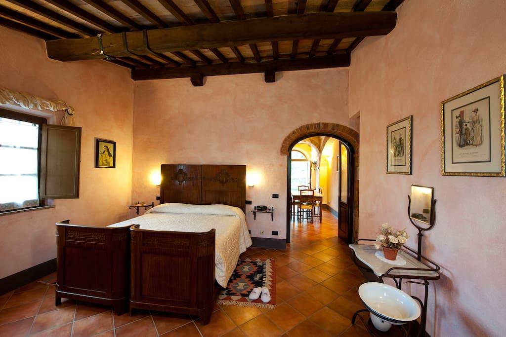 Esempio di camera da letto/Example of double room