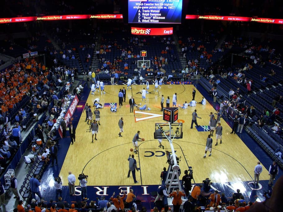 Convenient to John Paul Jones Arena for UVA basketball and concerts