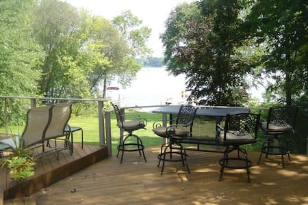 2017 US Open Lake Home just 7miles from Erin Hills - Hartland - Talo