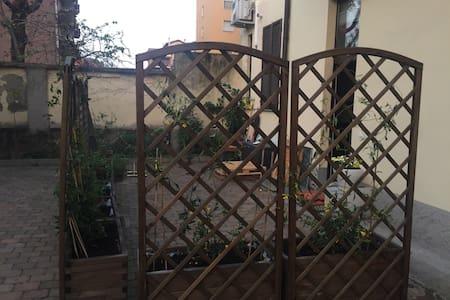 Loft con giardino zona Expo - Milan