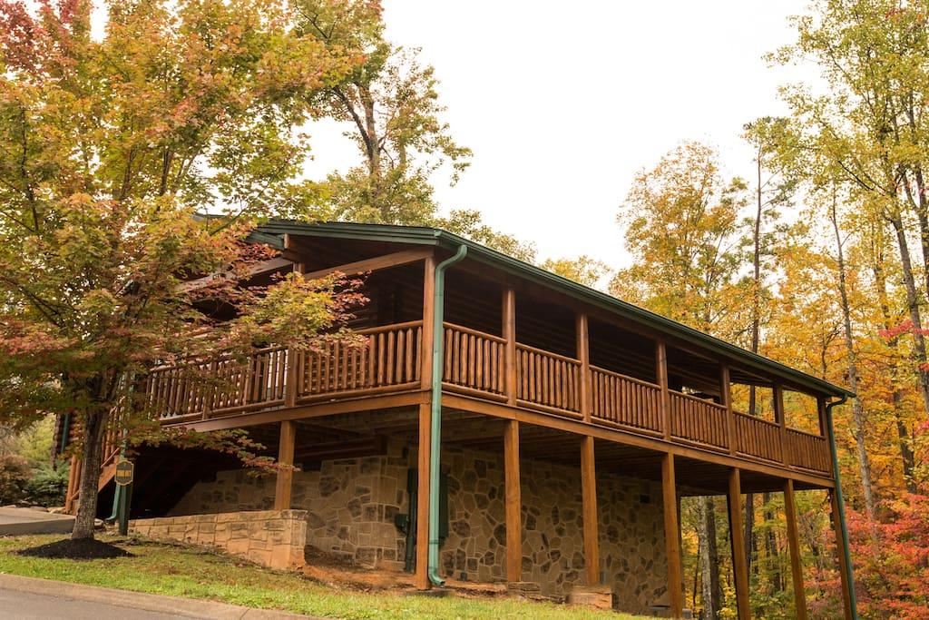 Luxury 1 Bedroom Cabin In Gatlinburg Falls Resort Cabins For Rent In Gatlinburg Tennessee