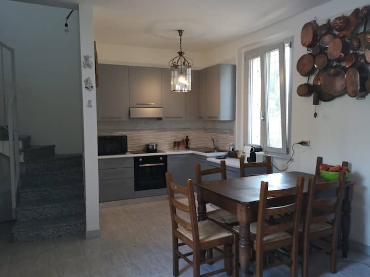 Appartamento nuovo e ospitalità massima! CIR:00118