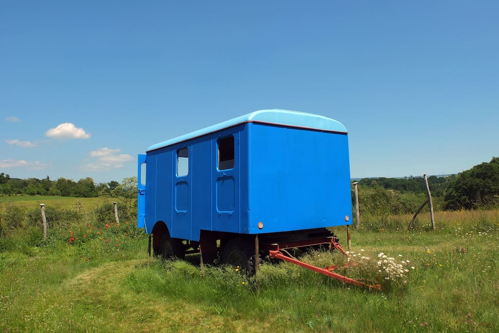 The blue trailer
