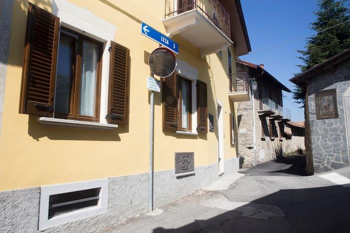 Residenza La Vecchia Posteria - Comnago - Apartment