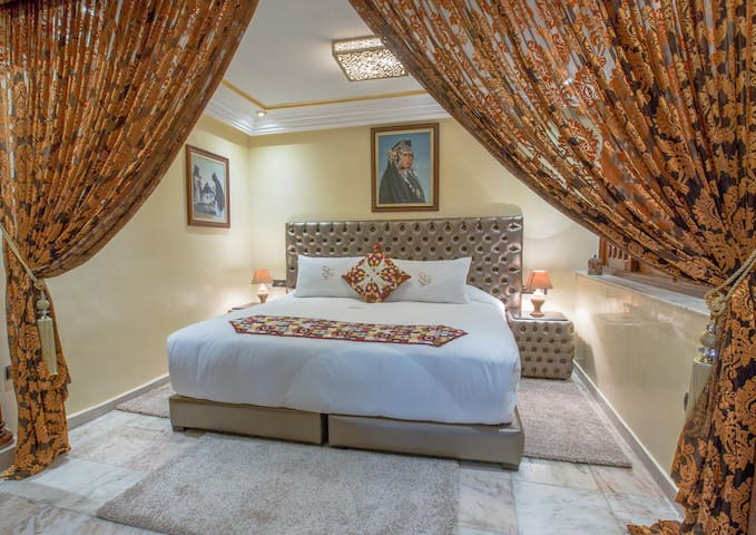 Luxury Suite Youssef in The moden Side of Fes