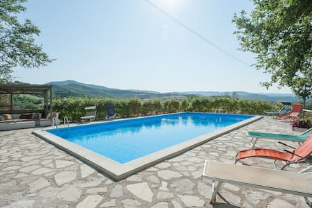 Charming Villa with Pool Umbrian/Tuscan border - Monte Santa Maria Tiberina - Villa