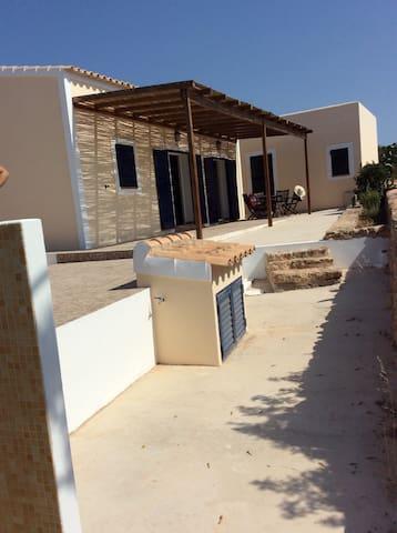 Casa tipica de la isla - Formentera - House