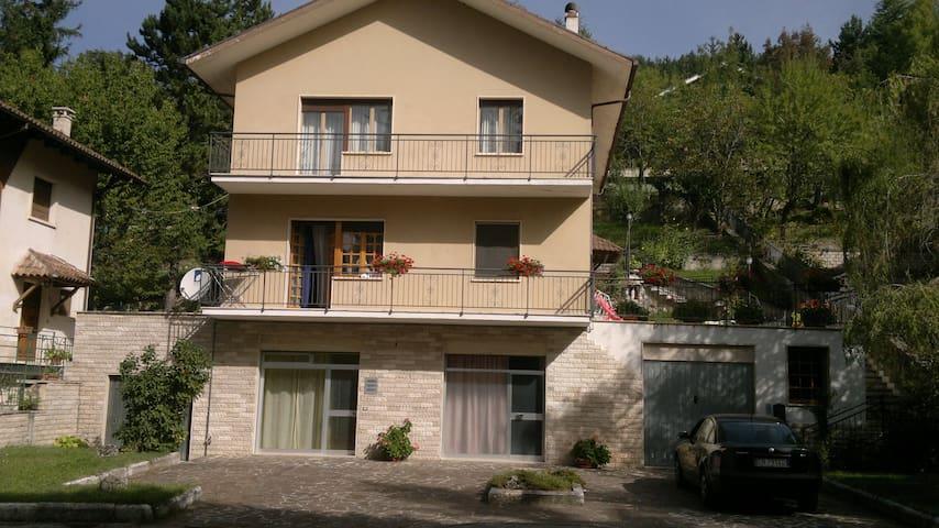 Grazioso appartamento monolocale - Campo Di Giove - Altres