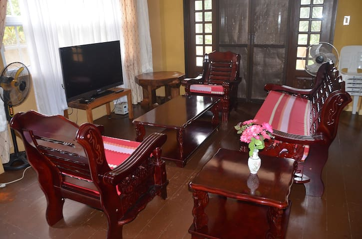 Duplex Furnished House for Rent in Tagaytay Area