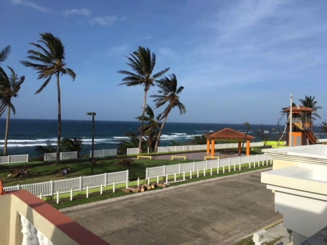 1/1 Breezy, Direct Oceanfront, Casa Del Mar #1, PR