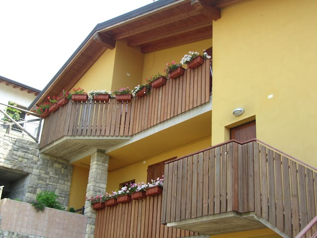 B&B (URL HIDDEN) - Ponteranica - Appartement