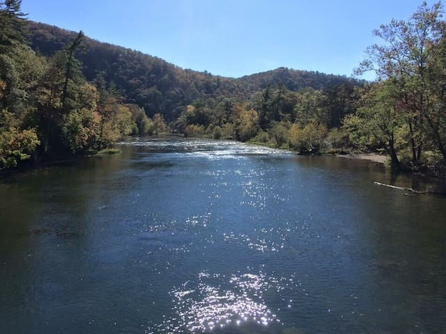 The Greenbrier River is very close along with the incredible 78 mile Greenbrier River Trail State Park and Greenbrier State Forest.
