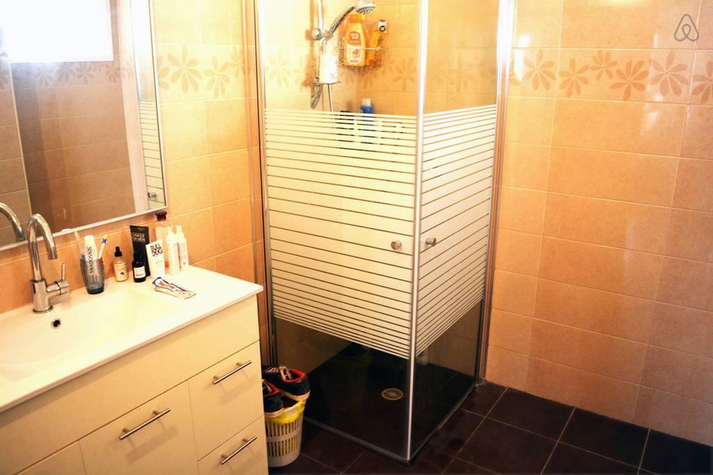 The renovated bath room