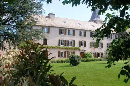 Le Clos d'Albray Soleil d'Eté - Comps-la-Grand-Ville - Bed & Breakfast
