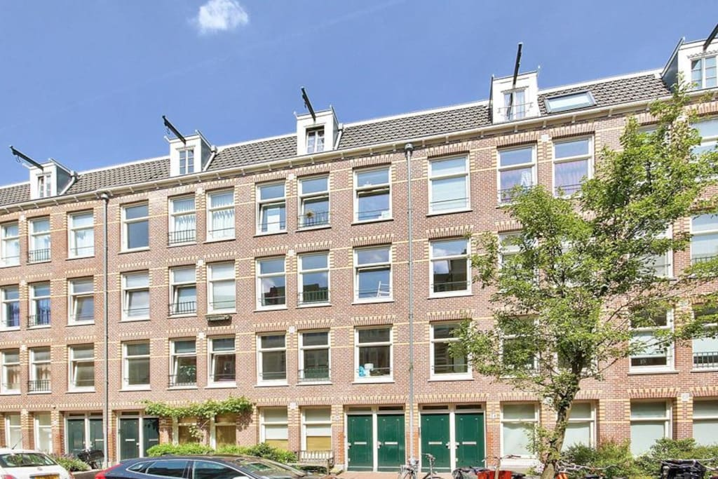 Fresh appartment near centre appartamenti in affitto a for Appartamenti in centro amsterdam
