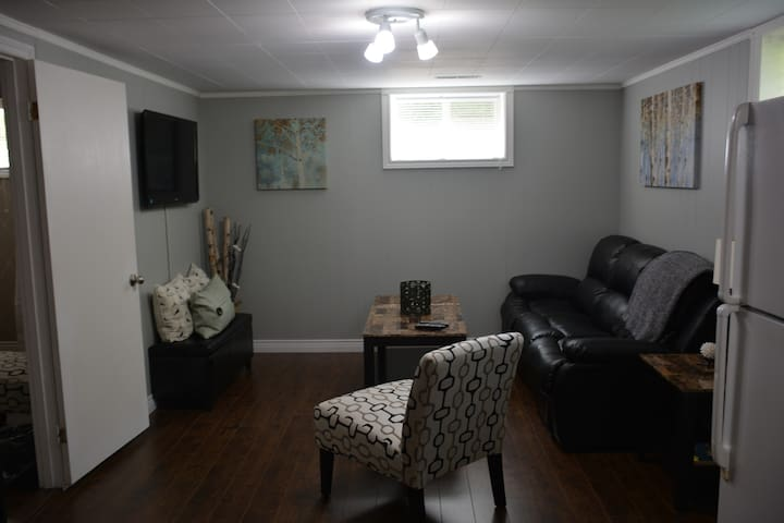 Beautiful, Bright Fully Furnished! - Summerside - Wohnung
