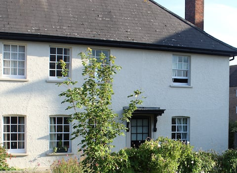 Double room in cottage in Poundbury Dorset