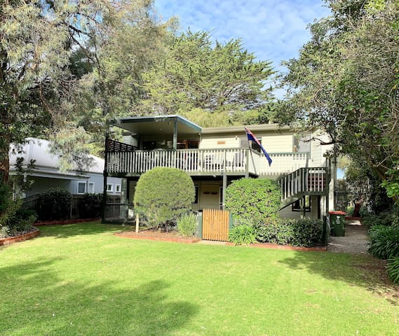 Family Retreat- Everything within walking distance