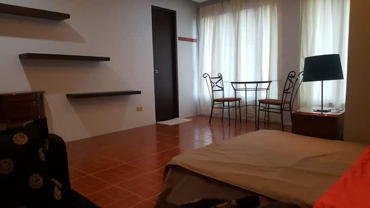 Cozy room perfect for couples in Pagsanjan