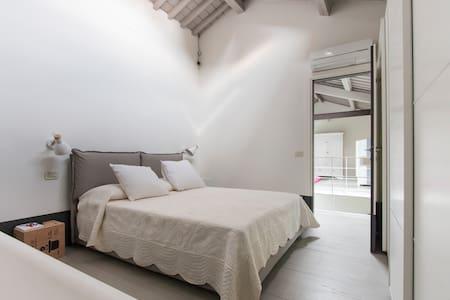 Affascinante Loft nel cuore di Pietrasanta - Pietrasanta