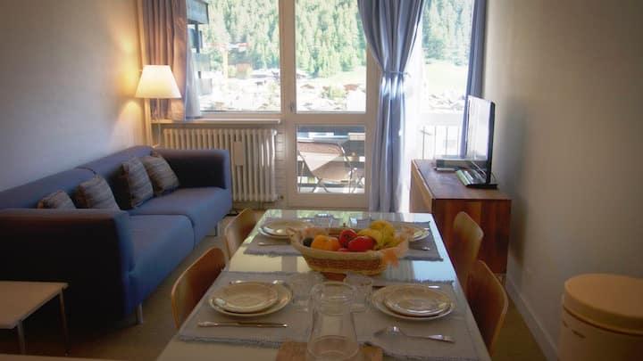Très bel appartement, bien situé, vue grandiose.