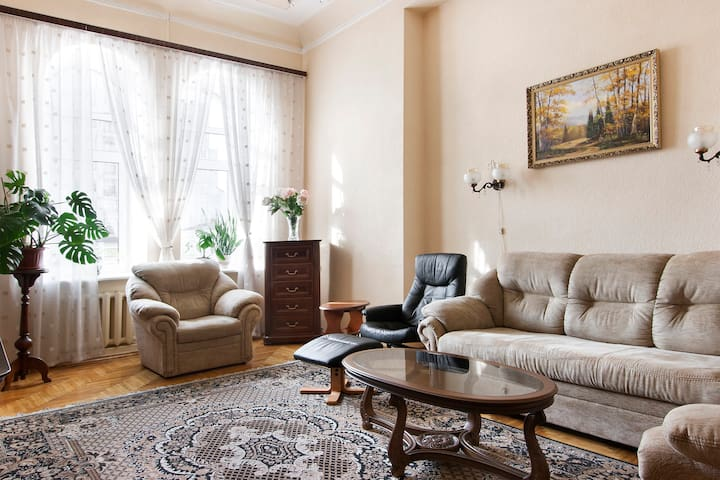 Huge two-rooms apartment in the center of Kiev