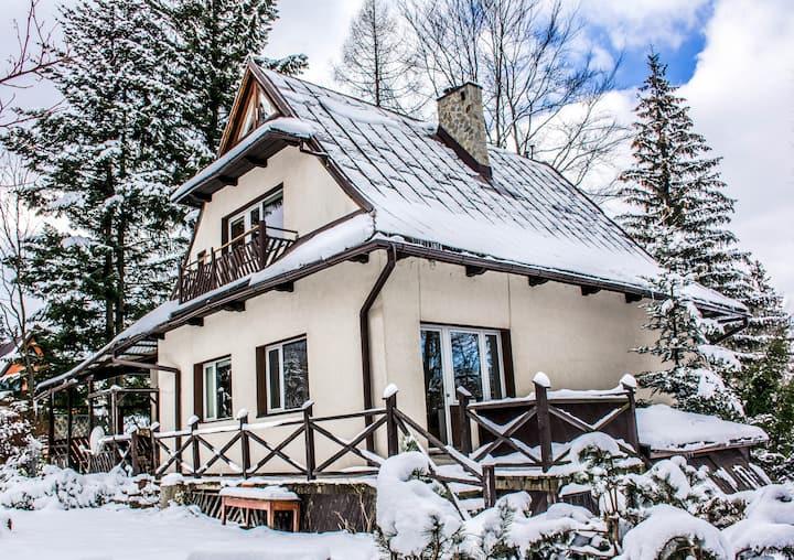 Willa Żbikówka - dom do wynajęcia - 23 osoby