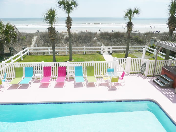 OCEANFRONT 8 Bedroom Home w/ Private Pool/Hot Tub!
