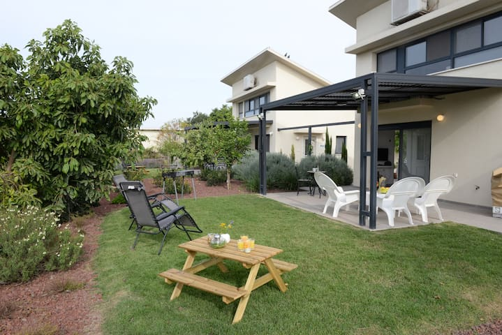 Bustan - Bar-On Holiday Homes - Nature  & Culture