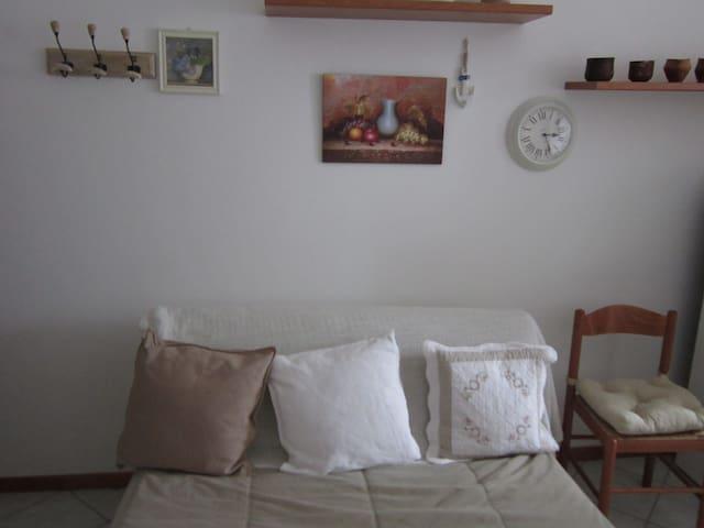 appartamento vicinissimo al mare - Igea Marina - Lejlighed