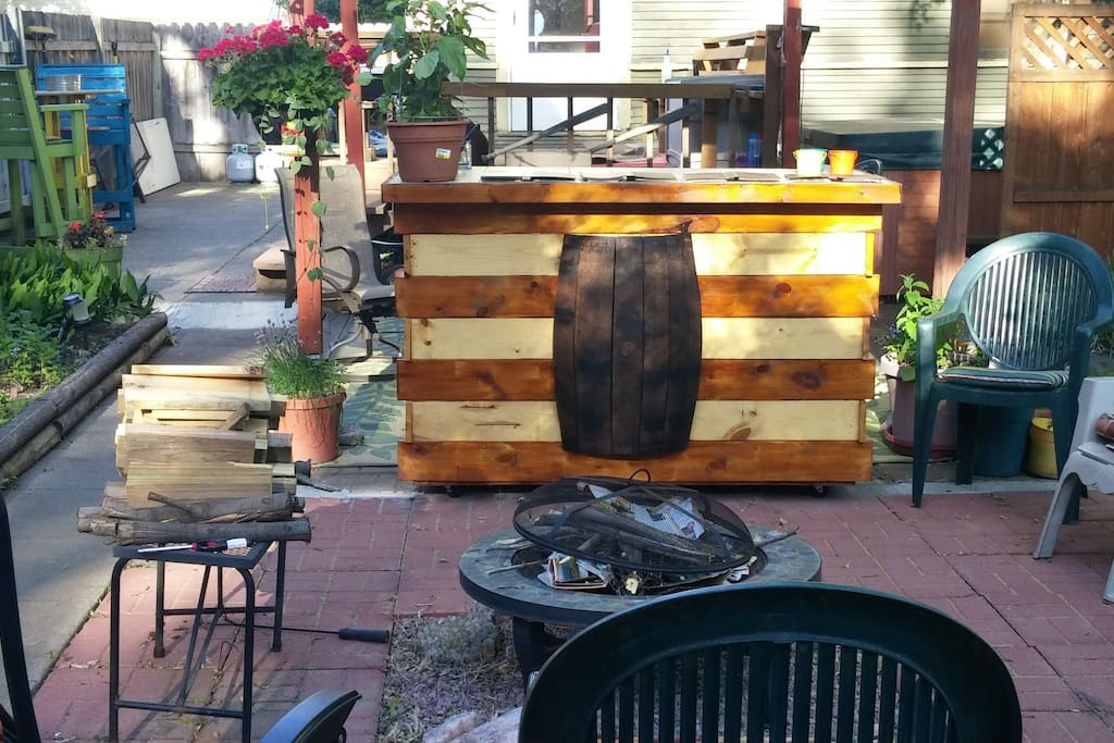 Backyard bar and fire pit