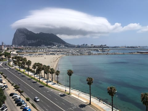 An apartment close to Gibraltar with an ocean view