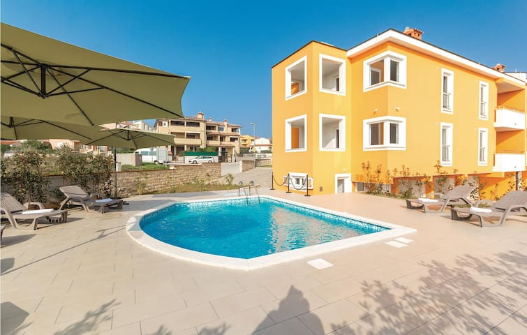 Holiday apartment with 1 bedroom on 38m² in Premantura